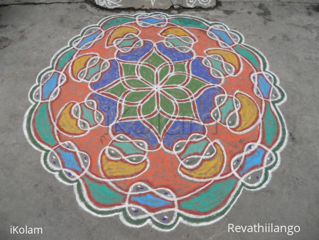Rangoli: Rev's adi velli, on the spot chikku rangoli, new one.