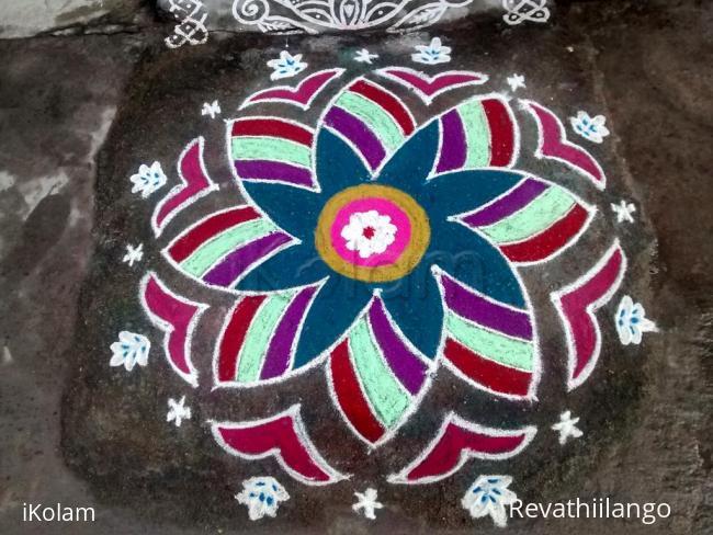 Rangoli: Rev's margazhi, new hrudahia kamalam kolam 15.