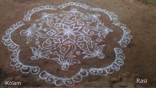 Rangoli: Sangu with Lotus