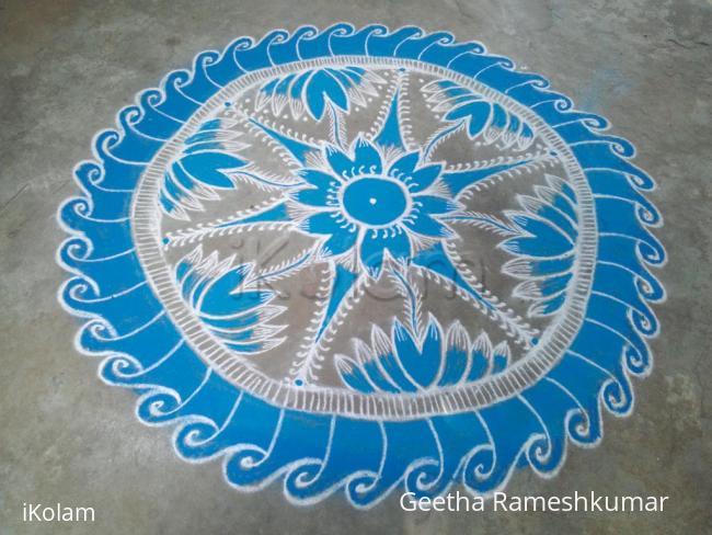 Rangoli: Navarathri day 10 Sky blue! Happy Ayudha pooja friends!!