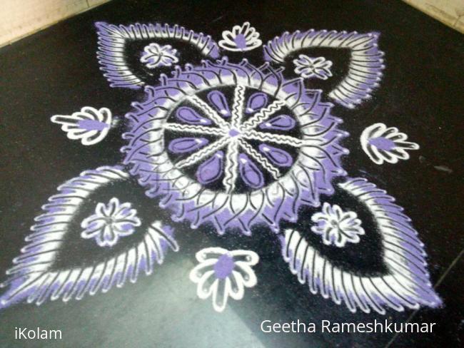 Rangoli: Navarathri day 9 purple!!