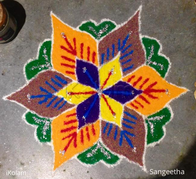 Rangoli: Flower Design Pulli Kolam